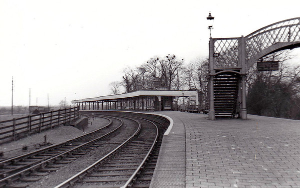 SUTTON BRIDGE - The down platform looking west in March 1954.