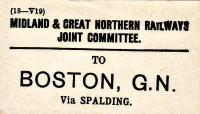 M&GN LUGGAGE/PARCEL LABEL - BOSTON - via Spalding - there was only a GNR station at Boston!