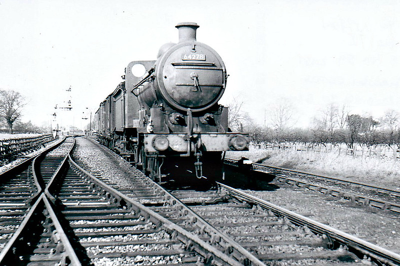 BR - 64278 - Ivatt GNR Class J6 0-6-0 - built 11/11 by Doncaster Works as GNR No.531 - 04/25 to LNER No.3531, 12/46 to LNER No.4180, 01/49 to BR No.64180 - 03/60 withdrawn from 34E New England - seen here at Sutton Dock Junction.