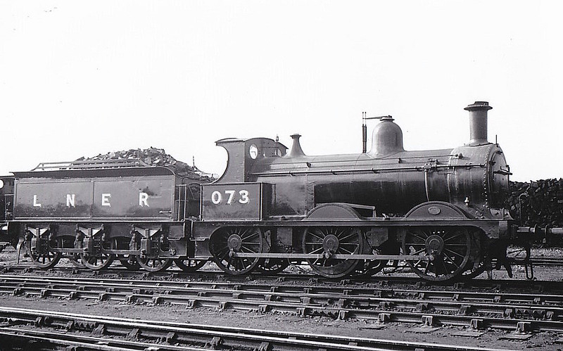 LNER - 073 - Johnson M&GN Class D 2F 0-6-0 - built 03/1899 by Kitson & Co. Works No.3880, as M&GN No.73 - 1918 rebuilt - 09/37 to LNER Class J40 No.073 - 05/41 withdrawn.