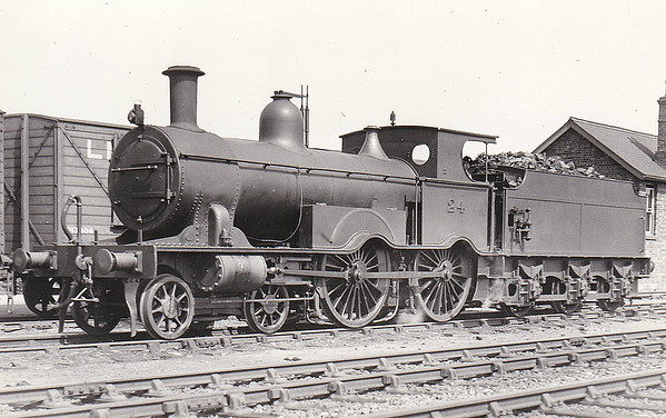 M&GN - 24 - Lynn & Fakenham Railway M&GN Class A 4-4-0 - built 1881 by Beyer Peacock Ltd., Works No.2108, as L&FR No.24 - 1898 rebuilt, 1914 reboilered - withdrawn by 1936 with boiler problems - frames were mated with boiler from No.25, numbered 025 - remainder scrapped