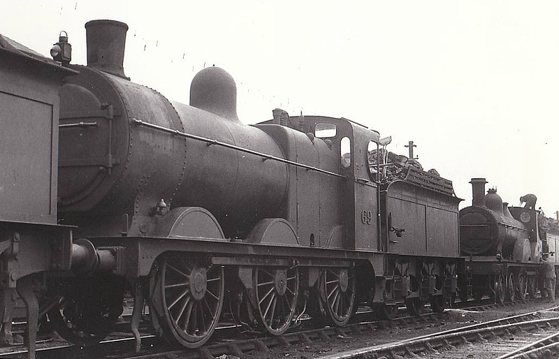 M&GN - 69 - Johnson M&GN Class D LNER Class J40 2F 0-6-0 - built 04/1899 by Kitson & Co., Works No.3876 - 1909 rebuilt, 01/21 rebuilt with Belpaire boiler to Class J41 - 03/37 to LNER No.069 - 07/42  withdrawn - seen here at South Lynn.