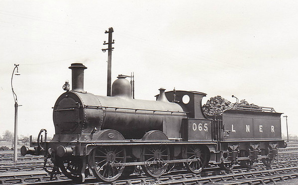 LNER - 065 - Johnson M&GN Class D 2F 0-6-0 - built 03/1899 by Neilson & Co., Works No.5039 - 1920 rebuilt - 09/37 to LNER Class J40 No.065 - 03/44 withdrawn - seen here at South Lynn in May 1938.
