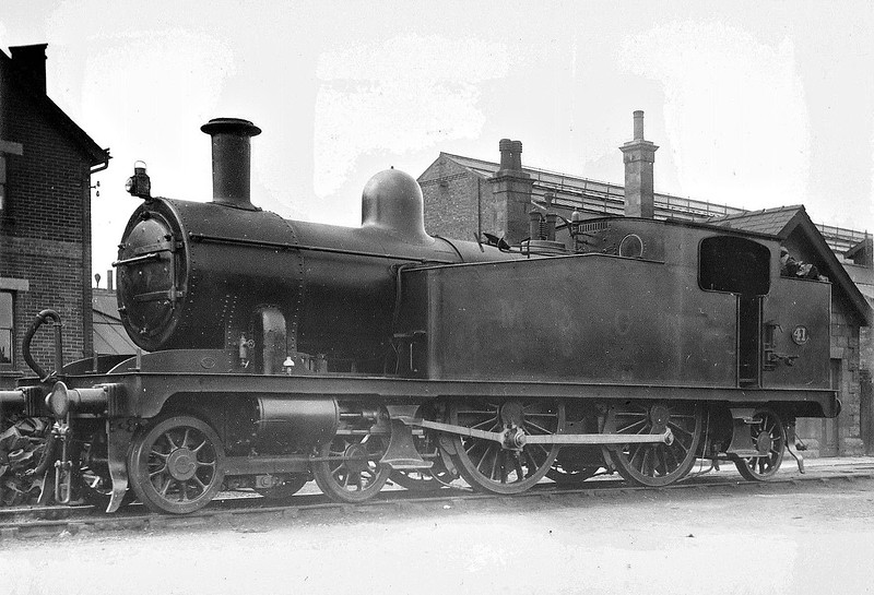 M&GN - 41 - Marriott M&GN Class A LNER Class C17 4-4-2T - built 1904 by Melton Constable Works as M&GN No.41 - 1933/4 tank tops cut down to improve visibility - 1936 to LNER No.041 - 01/44 withdrawn from Melton Constable.