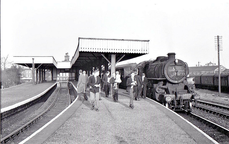 BR - 43145 - BR Ivatt Class 4MT 2-6-0 - built 09/51 by Doncaster Works - withdrawn 01/65 from 40E Colwick - seen here at Sutton Bridge on last day of operations, 28/02/59.