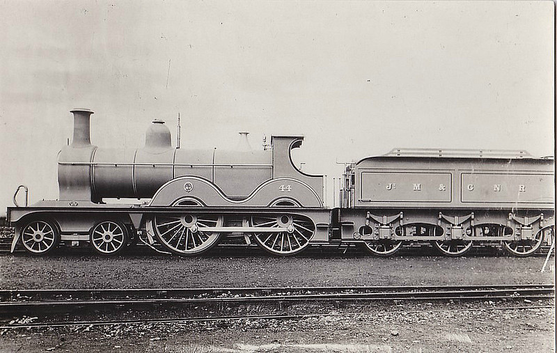 M&GN - 44 - Johnson Class C LNER Class D53 4-4-0 - built 1894 by Sharp Stewart & Co., Works No.3994, as M&GN No.44 - 1911 rebuilt, 05/30 rebuilt with Belpaire boiler to Class D53 - 07/37 to LNER No.044 - 08/41 withdrawn from New England - note early form of lettering  'JM&GNR'.
