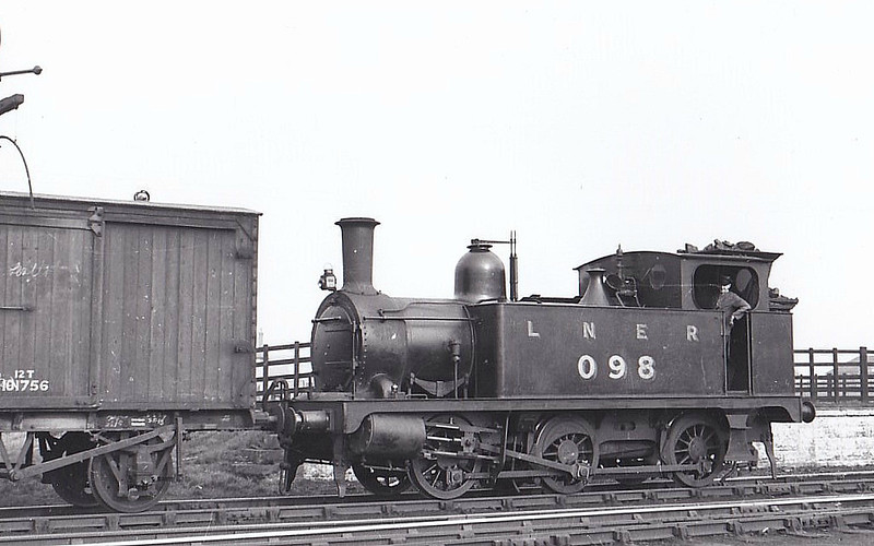 LNER - 098 - Marriott LNER Class J93 0-6-0T - built 10/1897 by Melton Constable Works as M&GN No.14A - 1907 to M&GN No.98, 08/37 to LNER No.098, 08/46 to LNER No8482 - 01/47 withdrawn from South Lynn, where seen 03/39.