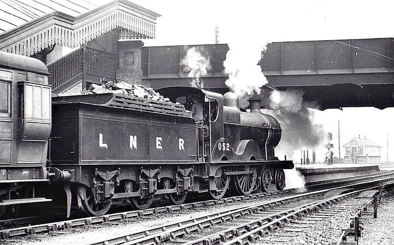 LNER - 052 - Johnson M&GN Class C LNER Class D54 4-4-0 - built 1896 by Sharp Stewart & Co., Works No.4191 - 1913 rebuilt with Belpaire boiler to Class D54, 1940 rebuilt by LNER - 10/36 to LNER No.052 - 02/43 withdrawn from South Lynn, where seen 03/39.