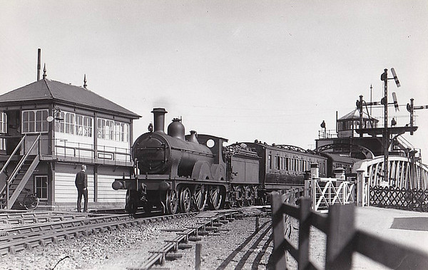 LOCOMOTIVES OF THE MIDLAND & GREAT NORTHERN JOINT RAILWAY