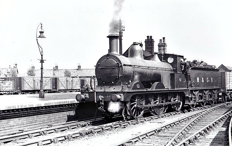 M&GN - 61 - Johnson M&GN Class D 2F 0-6-0 - built 08/1896 by Neilson & Co., Works No.5035 - 01/39 to LNER Class J40 No.061 - 12/42 withdrawn - seen here at Melton Constable, 05/37,