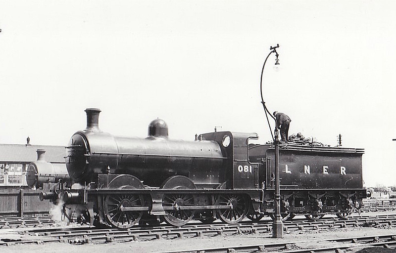 LNER - 081 -  Ivatt M&GN Class Da 0-6-0 - built 10/00 by Dubs & Co., Works No.3933 - 1927 rebuilt - 04/38 to LNER Class J3 No.081, 06/46 to LNER No.4156 - 09/47 withdrawn from New England - seen here at South Lynn, 05/38.