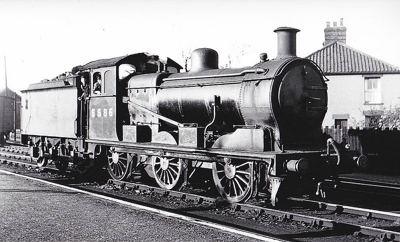 LNER - 5586 - Holden GER Class F48 0-6-0 - built 12/10 by Stratford Works as GER No.1236 - 1924 to LNER Class J16 No.8236, 08/46 to LNER No.5586, 05/50 to BR No.65586 - 04/62 withdrawn from 31B March - seen here at Melton Constable, 10/46, at which time it was allocated there - note vacuum ejector and steam heat connector fitted in order to allow passenger work on the M&GN.