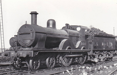 LNER - 044 - Johnson Class C LNER Class D53 4-4-0 - built 1894 by Sharp Stewart & Co., Works No.3994, as M&GN No.44 - 1911 rebuilt, 05/30 rebuilt with Belpaire boiler to Class D53 - 07/37 to LNER No.044 - 08/41 withdrawn from New England - seen here at Peterborough East in May 1938.
