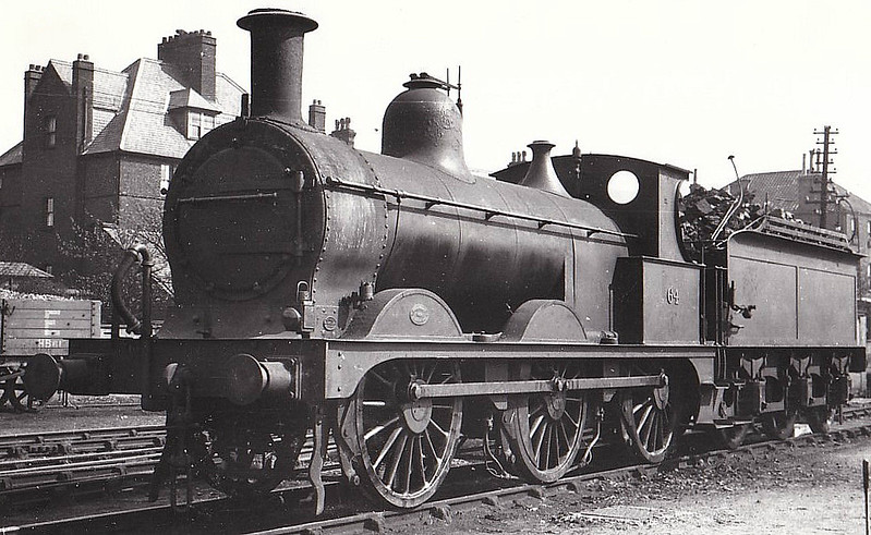 M&GN - 64 - Johnson M&GN Class D 2F 0-6-0 - built 1896 by Neilson & Co., Works No.5038 - 1924 rebuilt - 05/37 to LNER Class J40 No.064 - 03/44 withdrawn - seen here at Yarmouth Beach.