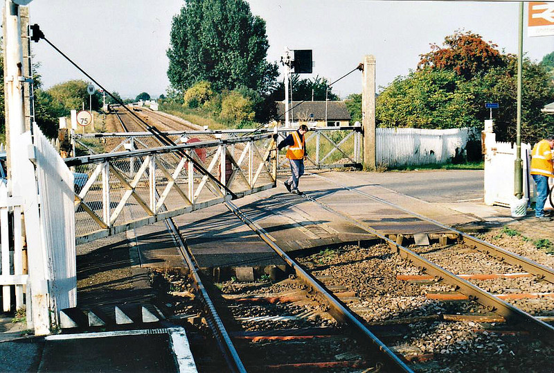 WHITTLESEA STATION ROAD LEVEL CROSSING - one of only about 30 hand operated level crossings on public roads that remain in use, 25/09/01.