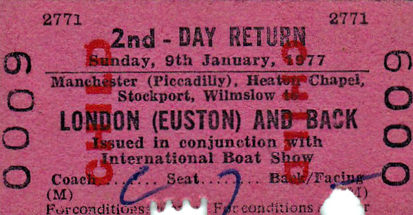 BR EDMONDSON TICKET - INTERNATIONAL BOAT SHOW - MANCHESTER PICCADILLY - Second Class Child Day Return also picking up at Heaton Chapel, Stockport and Wilmslow to Euston in conjunction with the International Boat Show.
