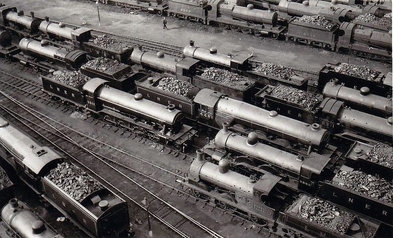 DONCASTER MOTIVE POWER DEPOT - seen here in April 1932, with numerous 2-8-0's and 0-6-0's in picture, plus then A1 4481 ST SIMON in the centre.