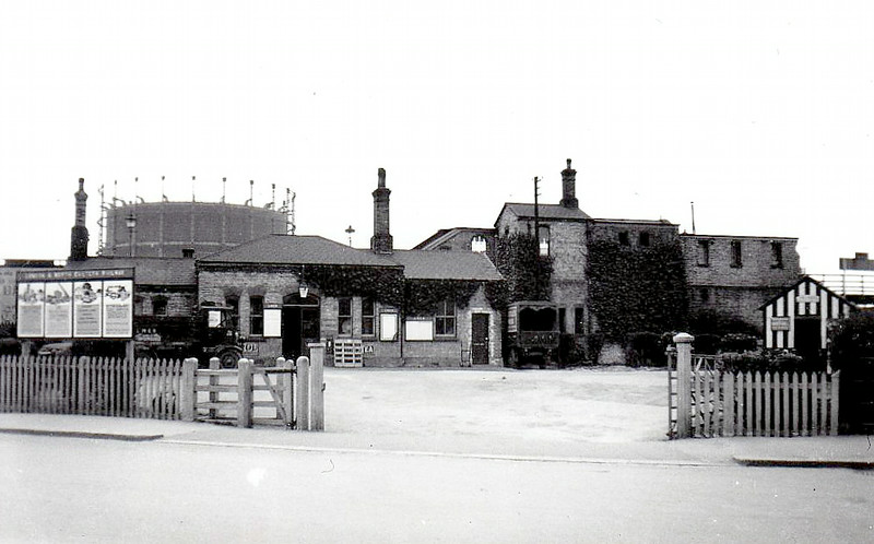 MILL HILL EAST - Opened by the Great Northern Railway in 1867 on the line from Finsbury Park to Edgware via Highgate. Seen here just before transfer to London Transport, the station became a terminus when the line was electrified in 1941 and the section to Edgware abandoned.