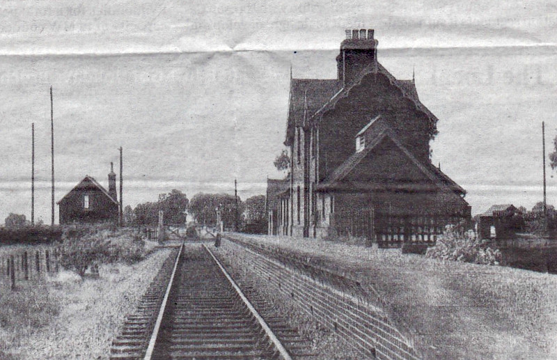 RIPPINGALE - Opened in 1872 by the Great Northern Railway on the Sleaford to Bourne line, it lost passenger services in 1930 but stayed open to freight until 1964. The buildings are now a private residence with a small private railway museum. Seen here looking south.
