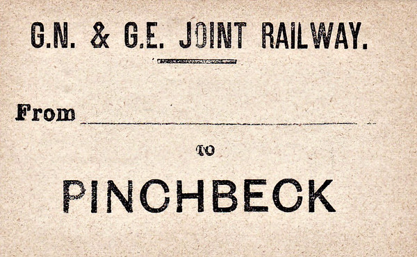GN/GE JOINT LUGGAGE LABEL - PINCHBECK - This was first station west of Spalding on the line to Sleaford.