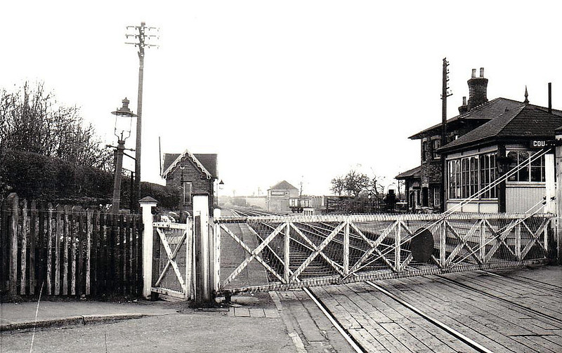 COUNTESTHORPE - A small station with staggered platforms just to the south of Leicester, opened in 1842 on the Leicester - Rugby line and closed in 1962.