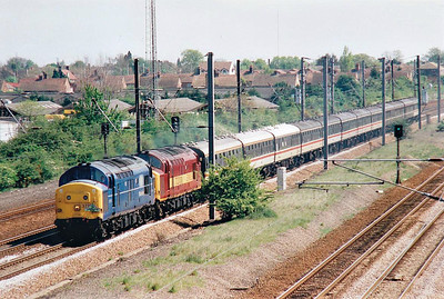 RAIL TOUR - 'CHAMELEON ROSE' - organised by Mercia Charters Ltd. and run on May 2nd, 1998. 37274 and 37220 head north from Peterborough on the Peterborough - Lincoln - Spalding - Peterborough section of the tour. It ran as follows:-  47226 + 47338 - Watford Junction - Milton Keynes - Northampton - Coventry - Nuneaton 56060 - Nuneaton - Leicester - Loughborough - Nottingham - Barkston East Jn - Sleaford - Spalding - Peterborough 37274 + 37220 - Peterborough - Grantham - Newark - Lincoln Central (Up Through) - Ruskington - Sleaford Avoider (2) - Spalding - Peterborough 37220 + 37274 (booked for 56060 but it had failed) - Peterborough - Leicester - Nuneaton 47365 - Nuneaton - Coventry - Northampton - Milton Keynes - Watford Junction
