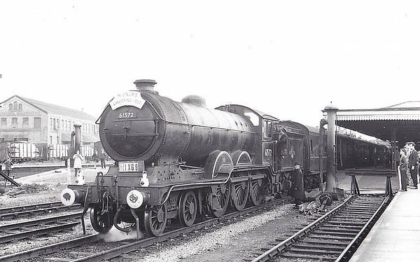 RAIL TOUR - 'WANDERING 1500' - organised by the M&GNJR Society and run on October 5th, 1963. 61572 ran as 1X69 throughout and is seen here at Northampton Castle. The tour ran as follows:-   London Broad Street - Dalston Jn - Canonbury Jn - Finsbury Park - Potters Bar - Hatfield - Hitchin - Bedford Midland - Oakley Jn - Turvey - Olney - Hardingstone Jn - Nothampton Bridge Street - Northampton Castle - Blisworth - Towcester - Byfield - Fenny Compton - Kineton - Ettington - Stratford-upon-Avon Old Town - Stratford-on-Avon - Bearley West Jn - Hatton West Jn - Leamington Spa - Birdingbury - Rugby Midland - Weedon - Bletchley - Watford Junction - Willesden (Mainline station) - Camden No.2 - Dalston Jn - London Broad Street