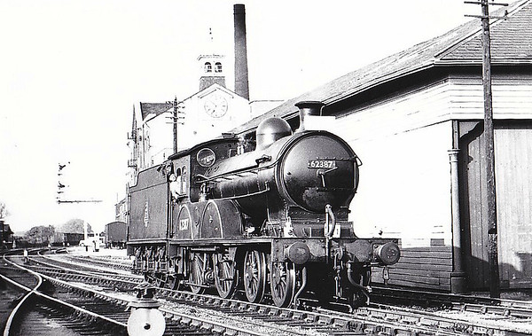 RAIL TOUR - 'YORKSHIREMAN' - organised by the Branch Line Society and run on June 2nd, 1957. 62387 is seen here at Malton. The tour ran as follows:-  62387 - York - Alne 68726 - Alne - Easingwold - Alne 62387 - Alne - Sessay Wood Jn - Pilmoor - Sessay Wood Jn - Sunbeck Jn - Gilling - Helmsley - Kirbymoorside - Kirbymoorside - Helmsley - Gilling - Barton-le-Street - Scarborough Road Jn - Wetwang - Driffield West Jn - Driffield - Driffield West Jn - Middleton-on-the-Wolds - Market Weighton - Holme Moor - Cliff Common - Barlby Jn - Selby - (via ECML) - York