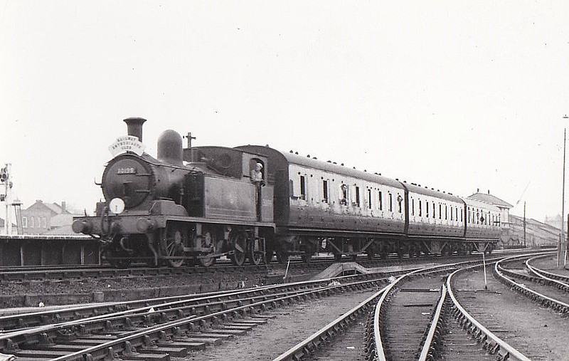RAIL TOUR - 'SOUTH LONDON RAIL TOUR - organised by the REC and run on March 25th, 1962, with 30199 as power throughout and seen here at Kingston to Shepperton leg. The tour ran as follows:-<br /> <br /> London Waterloo - Clapham Junction - Twickenham - Kingston - Sunbury - Shepperton - Sunbury - Strawberry Hill - Twickenham - Richmond - Gunnersbury - South Acton - Chiswick & Hammersmith - South Acton - Kew East Ju - Kew New Jn - Clapham Junction - Longhedge Jn - Factory Jn - Brixton - Herne Hill - Tulse Hill - West Norwood - Crystal Palace - Norwood Junction - Selhurst - Clapham Junction -  Longhedge Jn - Stewarts Lane Jn - London Victoria (E)