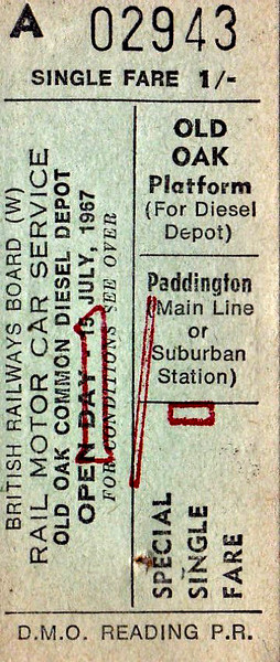 OPEN DAY - OLD OAK COMMON DIESEL DEPOT, 1967 (3) - Single from the depot to Paddington. This was very early days for BR Open Days and so not very much was specially laid on except for a few  prepared locos (D859, D1060, D6332, D6354) and a Blue Pullman set plus whatever else happened to be there.