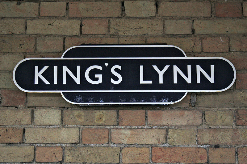 KINGS LYNN - Repro ER-style enamel station name signs on the station walls, 10/05/18.