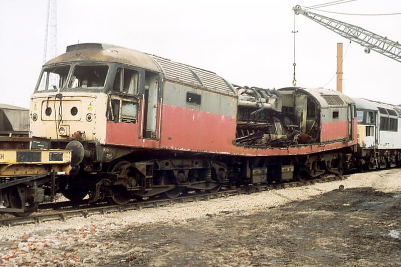 BOOTH'S SCRAPYARD, Rotherham - 47476 - BR Class 47 Co-Co DE - built 07/64 by Crewe Works as BR No.D1604 - 04/74 to BR No.47476 - 02/00 withdrawn - 04/04 scrapped by Booth's, Rotherham.