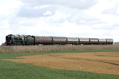 35018 BRITISH INDIA LINE - Bulleid SR 'Merchant Navy' Class 4-6-2 - built 05/45 by Eastleigh Works as SR No.21C18 - 05/48 to BR No.35018 - 08/64 withdrawn from 70A Nine Elms - approaches Horsemoor on 1Z66 Kings Lynn - Melton Mowbray 'Nigel Dobbing Memorial Train', in memory of the managing director of the RTC, 17/03/19.