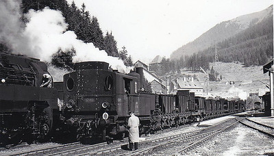 OBB -  97 213 - 0-6-2 rack tank, built between 1890 and 1910 at Floridorf Works - last withdrawn in 1970's - seen here on banking duties.