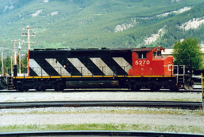 CANADIAN NATIONAL RAILROAD - 5270 - GM Class SD40-2 built in 1975 and still in traffic with CNR.