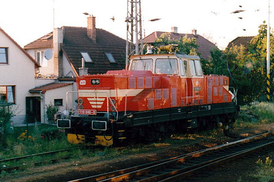 CD - 110 046 - 52 DC electric shunting/trip locos built 1971-1973 by Skoda - Valasske Mezrici station pilot, stabled for the night, 15/08/04.