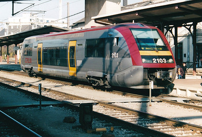 CFL - 2103 - 6 SNCF Class X73500 single railcars built 2000 for  Luxembourg-Kleinbettingen, Kautenbach-Wiltz, Noertzange-Rumelange & Bettembourg-Dudelange services - sold to SNCF(TER) in 2005 - seen here at Luxemburg on the hourly service to Dudelange Usines, 28/10/03.