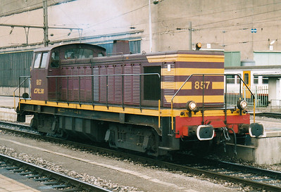 CFL - 857 - Class 850 Bo-Bo DE - 8 engines built 1956 by Brissonneau & Lotz for shunting and freight work - similar to SNCF Class 63500 - all withdrawn by 2007 - seen here running through Luxembourg en route to depot, 29/01/03.