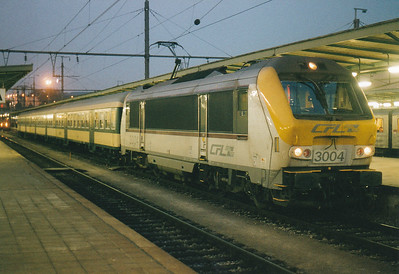 CFL - 3004 - 20 Class 3000 dual-voltage engines built  from 1999, similar to SNCB Class 1300 - awaits departure from Luxembourg on a local service, 28/10/03.