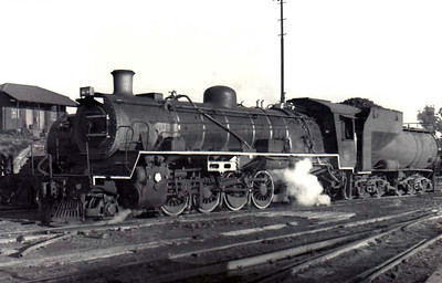 SOUTH AFRICA - SAR - 3612 - Class 24 2-8-4, 100 engines built 1949/50 by North British Loco Co. for branch line services - all withdrawn by mid-1980's - seen here 06/72.