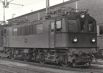 SWEDEN - SJ -  738 - Class Bk Bo-Bo locomotive built in 1943 - formerly used on Stockholm - Wasteras - Bergslagernas services - seen here at Gothenburg in 09/61.