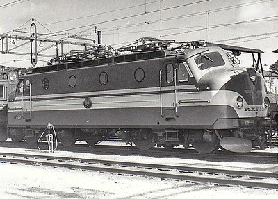 SWEDEN - SJ -  991 - Class Ra Bo-Bo, one of 10 built in 1955 by NOHAB - all now withdrawn - seen here at Hagalund in 09/61.