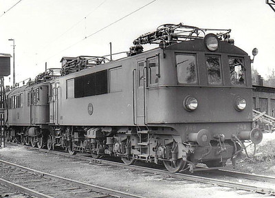 SWEDEN - SJ -  749 - Class Bk Bo-Bo locomotive built in 1943 - formerly used on Stockholm - Wasteras - Bergslagernas services - seen here at Falun in 05/62.