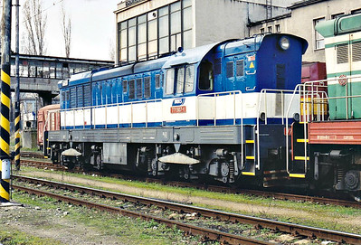 BRKS - 771 507 - 195 engines built 1968 to 1972 by SMZ for heavy shunting/trip freight duties, thousands exported, 42 on ZSR, many in industrial use - stabled at Brastislava Petrzalka, 10/03/07.