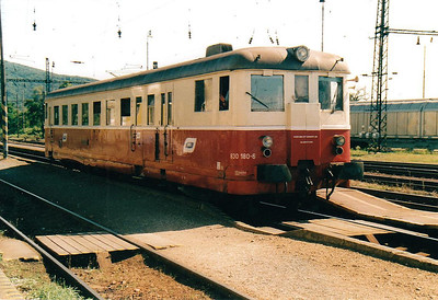BRKS - Class 830 180 - 238 railcars built from 1949 to 1960 by various builders - all now withdrawn from CD & ZSR - arrives at Devinska Nova Ves on the 1544 to Zohor, 13/08/04.