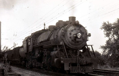 BALTIMORE & OHIO RAILROAD - 4493 - Class Q4b 2-8-2, 50 locos built 12/22 by Baldwin Locomotive Works for freight duties, all wqithdrawn by 1959 - seen south of Washington DC.