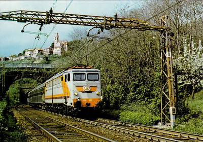 ITALY - FS - E646 062 - one of 199 Bo-Bo-Bo locomotives built for passenger services by Savigliano from 1963, all withdrawn by 2009, seen here on a Florence - Turin trsin at Giovi Pass.