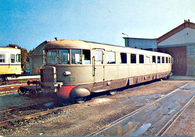 ITALY - FS - ALn56 136 - 80 single diesel railcars built from 1937 - seen here at Sermide.