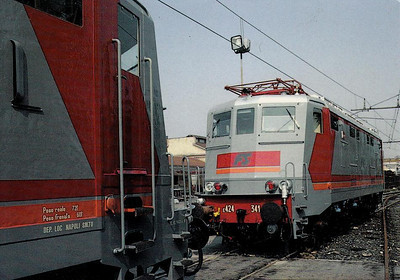ITALY - FS - E424 341 - one of class of 105 Bo-Bo locomotives built in 1943 and modified for push/pull operation - all withdrawn by 2008 - seen here at Verona in 1987 coupling up to E424 312.