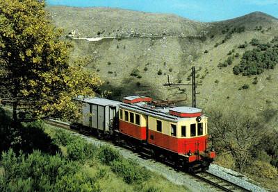 ITALY - FERROVIA GENOVA - CASELLA (FGC) - 29 - Bo-Bo locomotive built in 1924 for the Sangitana Railway in 1985.